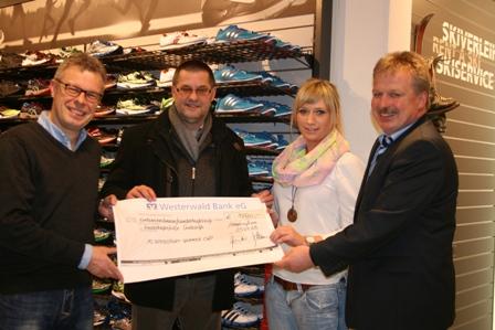 Intersport Hammer Cup bringt 1.980 Euro für Kinderkrebshilfe Gieleroth, Fotos: Rewa