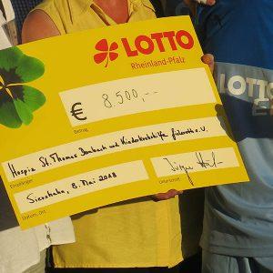 Lotto-Elf erspielt 8.500 Euro für soziale Zwecke