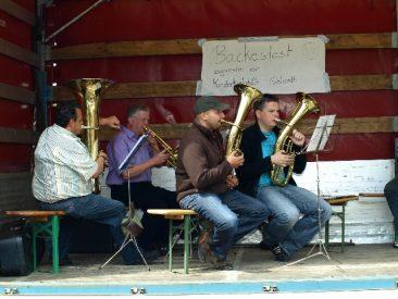 Backfest in Wahlrod (2011) - Freunde der Kinderkrebshilfe Gieleroth e.V.