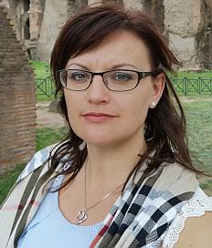 Natalja Neufeld-Gnörich (Beisitzerin)